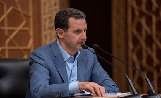 """الأسد """"سعيد"""" بالوجود الروسي في سوريا.. ويسرد """"أهميته"""""""