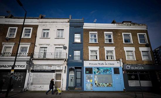 شاهد : أضيق منزل في لندن للبيع بأكثر من مليون يورو