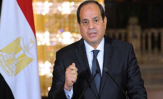 بعد حادث قطاري صعيد مصر.. السيسي يتوعد المتورطين