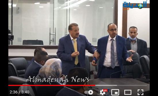 شاهد بالفيديو : مشاجرة  النائب السليحات مع وزيري المياه والزراعة
