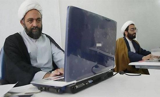 واشنطن وبرلين تهددان بمنع حجب الإنترنت في إيران