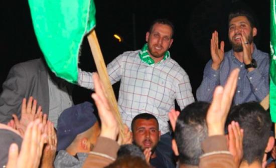 محكمة إسرائيلية تحكم بسجن الأسير عاصم البرغوثي 4 مؤبدات