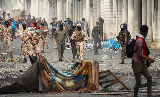 بالفيديو : بغداد.. مقتل متظاهر وجرح 12 في اشتباكات مع الأمن