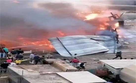 اندلاع حريق في محيط محطة قطارات الزقازيق بمصر .. بالفيديو
