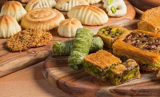 المفرق : ضبط معمل حلويات غير مرخصة واتلاف 11 طن حمص