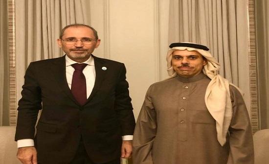 الصفدي ونظيره السعودي يبحثان اخر المستجدات في المنطقة