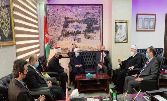 وزير الأوقاف يلتقي رئيس وأعضاء مجلس أوقاف القدس
