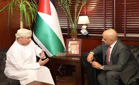 بحث تعزيز العلاقات التجارية الأردنية العمانية