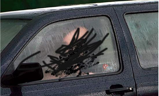 """المغرب :القبض على سائق يمارس الرذيلة مع """"زبونة"""" في الشارع"""