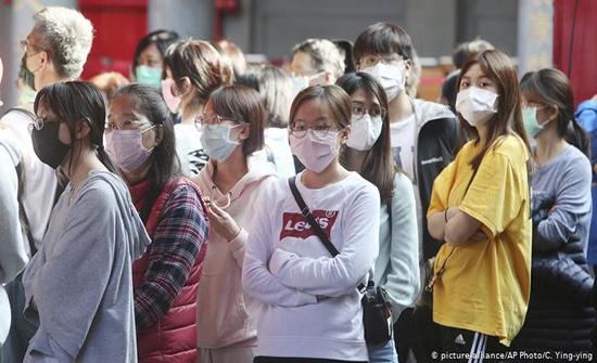الصين: نصف مليون مواطن تحت الحجر لمواجهة كورونا