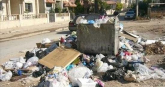 البيئة تجمع 30 طنا من النفايات بحملتها للنظافة العامة في جميع المحافظات