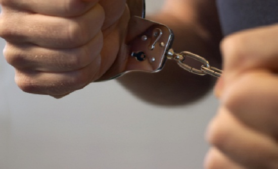المغرب : ضبط رجل يمارس الرذيلة مع امرأة خمسينية داخل سيارة