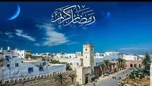 السماح للمواطنين بالخروج لأداء صلاتيّ الفجر والمغرب في رمضان