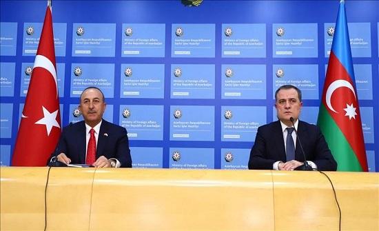 """تشاووش أوغلو ونظيره الأذربيجاني يبحثان مستجدات """"قره باغ"""""""
