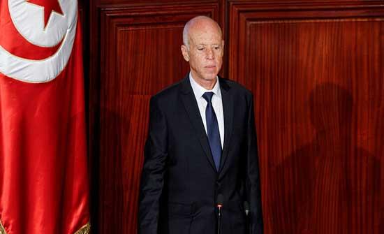 سعيّد مستشهدا بالدستور التونسي: رئيس الجمهورية هو القائد الأعلى للقوات العسكرية