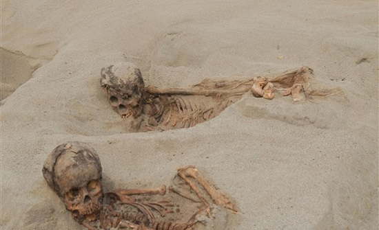 بقايا أجساد بشرية لـ أطفال.. علماء آثار يكتشفون أكبر مذبحة صدفة