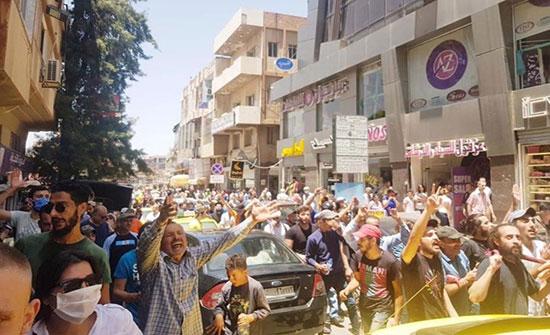 """الغارديان: هذه تداعيات قانون """"قيصر"""" على سوريا والمنطقة"""