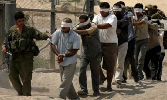 خطوات تصعيدية بسجون الاحتلال رفضا للإجراءات العقابية بحق الأسرى الفلسطينيين