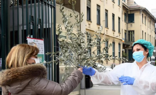 ايطاليا: انخفاض مؤشر الحالات الإيجابية اليومية المصابة بكورونا