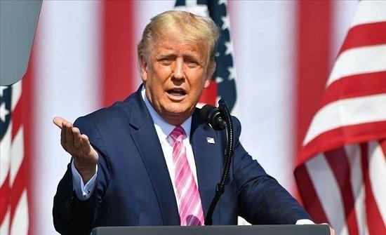 """ترامب يعتبر قرار المحكمة العليا تمديد فترة الاقتراع """"جنونا"""""""