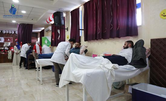 حملة للتبرع بالدم في رياض ومدارس جامعة الزرقاء