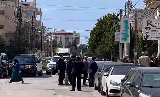 إغلاق منطقتين داخل مدينة إربد بعد الاشتباه بإصابات بكورونا