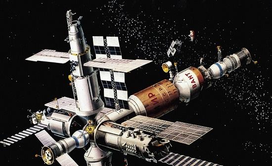روسيا : إطلاق انذار في محطة الفضاء الدولية بعد انبعاث دخان في الوحدة الروسية