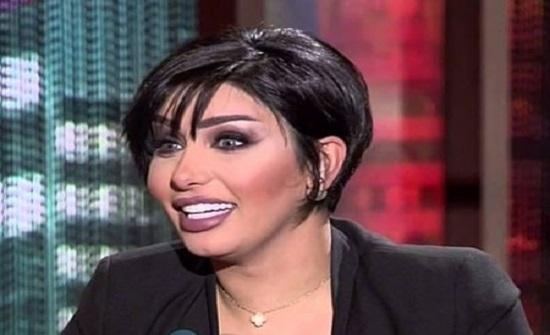 الفنانة الكويتية هنادي الكندري تكشف أسباب خلعها الحجاب (فيديو)