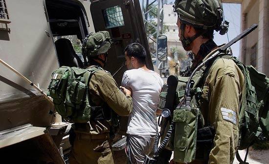 نادي الأسير :الاحتلال الإسرائيلي يعتقل 16فلسطينيا في الضفة الغربية