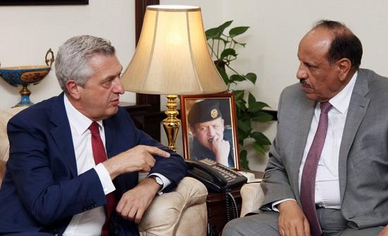 وزير الداخلية يلتقي المفوض السامي للأمم المتحدة لشؤون اللاجئين