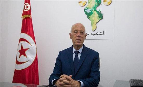 """تونس.. سادس مرشح رئاسي """"خاسر"""" يعلن دعمه لقيس سعيّد"""