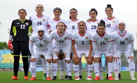 منتخب السيدات لكرة القدم يصعد تحضيراته للقاء إيران