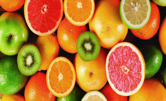 خمس فوائد صحية لفيتامين C مدعومة علمياً