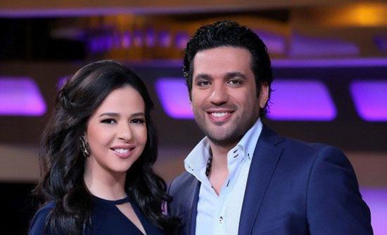 بالفيديو –  يتحدّث عن أخبار خلافه مع زوجته إيمي سمير غانم