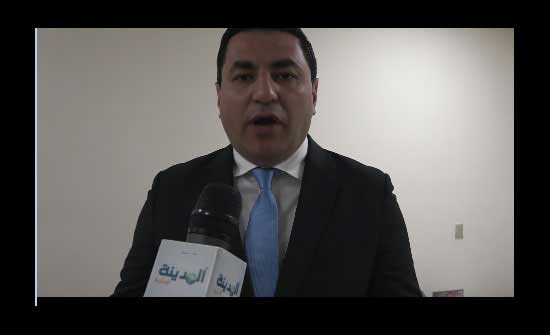 فريحات يقدم للحكومة حلول عملية من أجل فلسطين