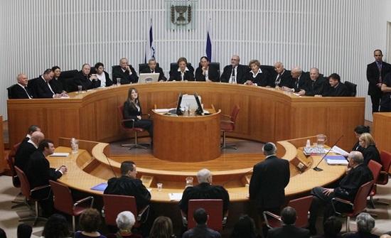 إسرائيل تجمّد قرار إخلاء عائلات فلسطينية من الشيخ جراح