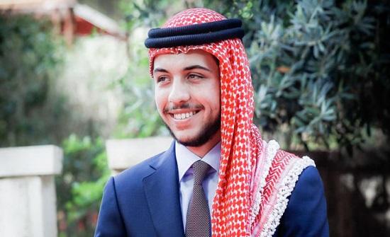جامعة إربد الأهلية تزين رئاسة ومباني الجامعة احتفالاً بمناسبة عيد ميلاد الأمير الحسين