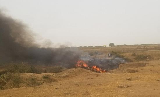 قتلى جراء تحطم طائرة عسكرية لدى اقترابها من مطار أبوجا في نيجيريا .. شاهد