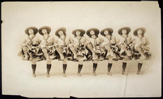 صور : الرقص منذ 100 عام