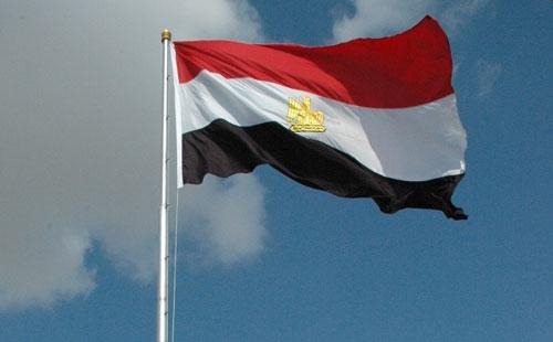 موفد الرئيس المصري ينقل تهانيه للسفارة الأردنية بالقاهرة