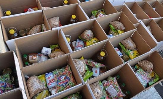 توزيع طرود خيرية في لواء المزار الجنوبي