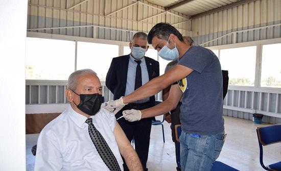 حملة تطعيم كورونا في جامعة إربد الأهلية