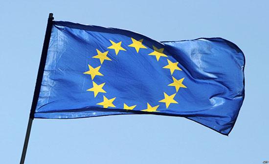 ديفيس: لا جدوى ببدء مرحلة انتقالية مع الاتحاد الأوروبي خاتمتها مجهولة