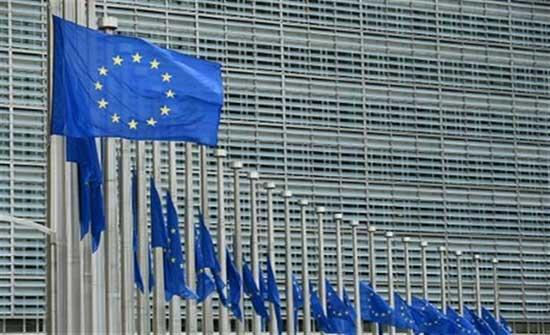 الاتحاد الأوروبي يدعو إلى إنهاء الحصار البرلماني في تونس