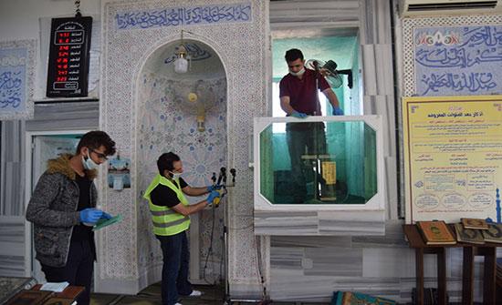 جامعة إربد الأهلية تقوم بمبادرة لتعقيم مساجد وكنائس لواء بني عبيد