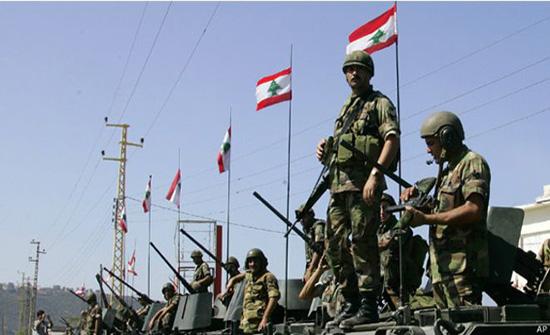 الجيش اللبناني يتسلم من اليونيفيل شخصا تسلل للأراضي المحتلة