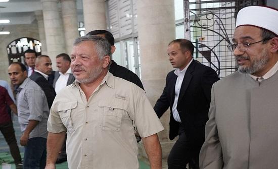 بالفيديو  :الملك يتوجه للمسجد الحسيني فور وصوله الى عمان