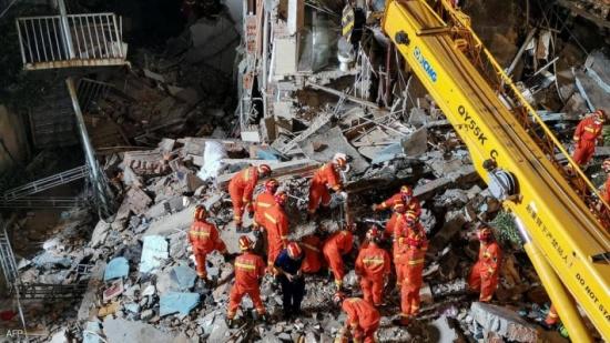 الصين: ارتفاع قتلى انهيار فندق الى 17 شخصا
