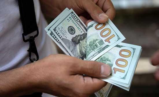 تراجع الدولار الأميركي لأدنى مستوى في 3 أشهر