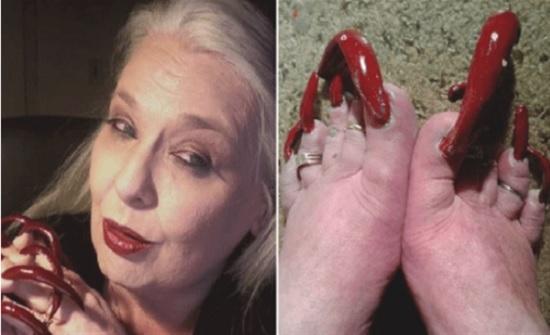 شاهد.. امرأة تكسب أموالًا طائلة من أظافر يديها وقدميها فقط